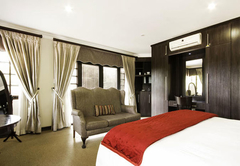 Room 6 - Executive Suite
