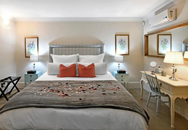 Luxury Lavender Cottage