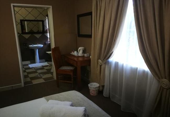 Single Room - 1st Floor