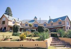 Auldstone House