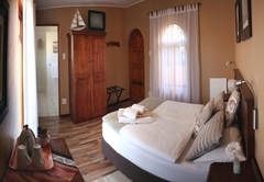 Avenues Guest House