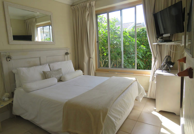 The Courtyard Suite