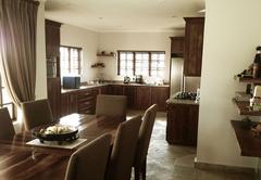 Avocado Grove Guest House