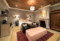 Superior Deluxe Rooms - Le Rouge bedroom