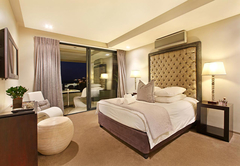 Standard Room : Coral
