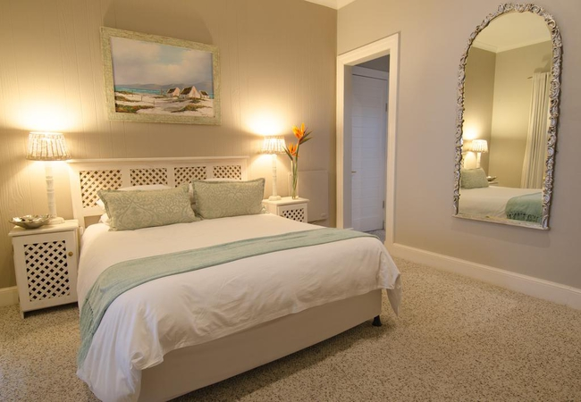 Luxury Queen and Twin Room