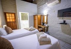 Bains Lodge