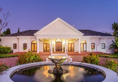 Bakenhof Winelands Lodge
