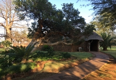 Baobab Lane Lodge