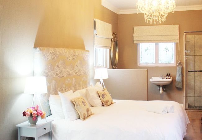 Studio King Bedroom