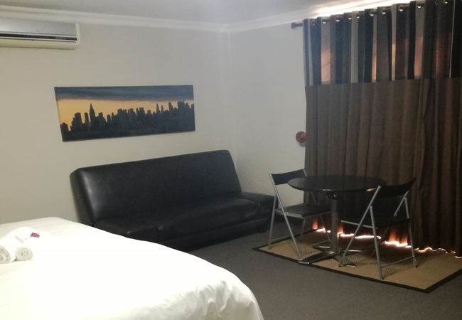 Room 13: Self-catering Unit