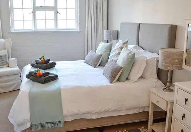 Rose Suite bedroom