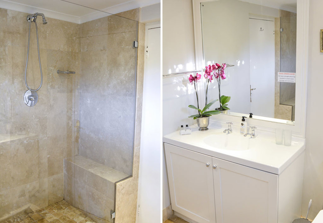 Rose Suite bathroom