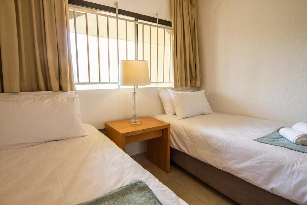 Detailing in main bedroom, 803 Bedroom