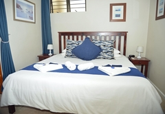 Sailfish Bedroom configured as a Kingbed