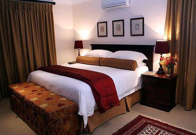 Shiraz Luxury Bedroom
