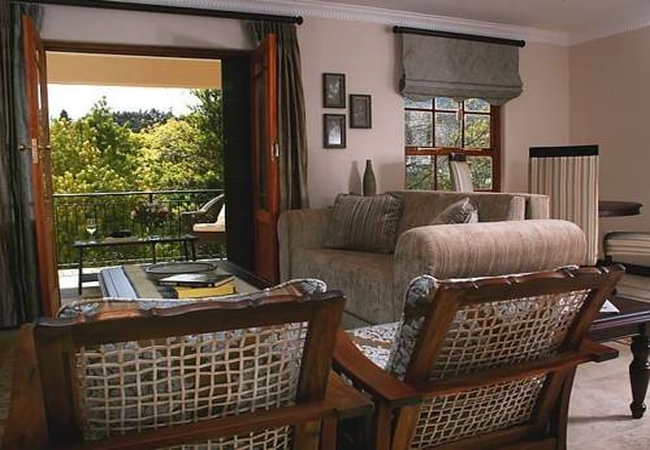 Cardonnay lounge / dining