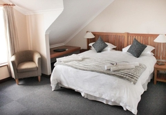 Sea-facing Lodge Room