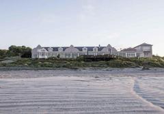Blue Bay Lodge Cottages
