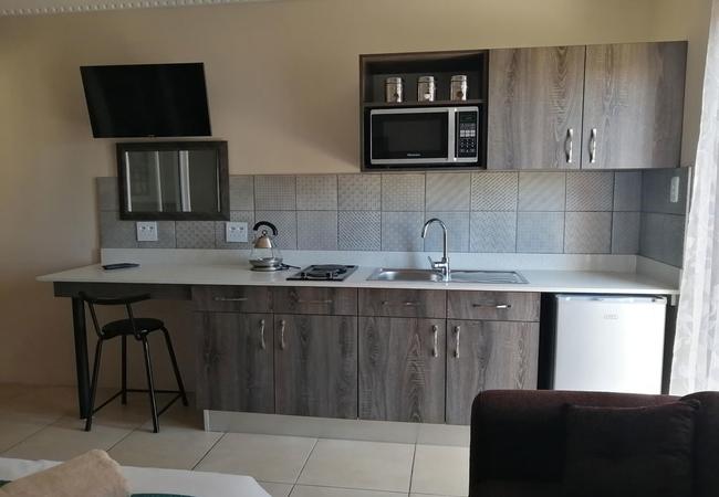 Sea View 5 full kitchen