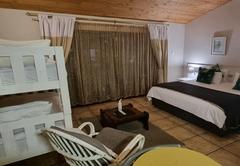B My Guest Knysna Lodge