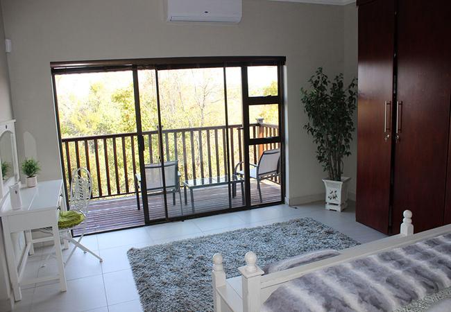 Deluxe Double Room (Balcony)