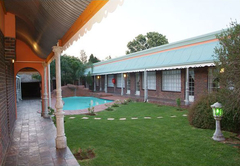 Honeymoon in Alberton