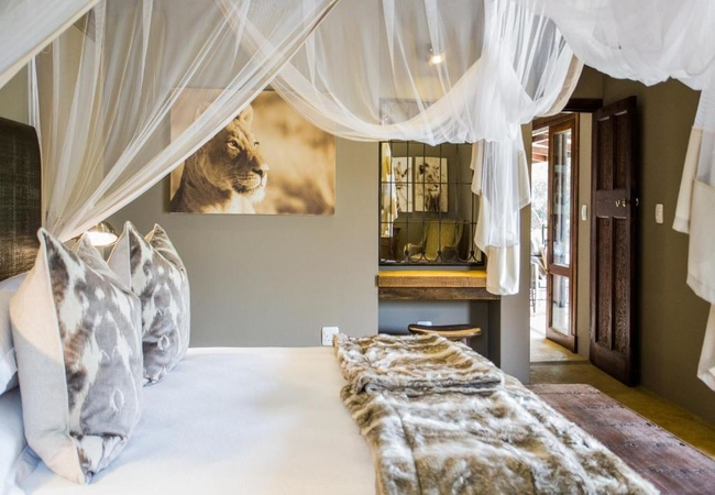 Superior Three-Bedroom Villa with Pool