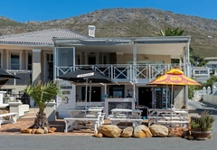 Boulders Beach Hotel