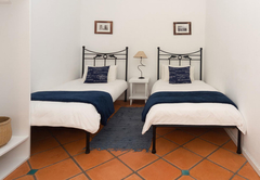 Courtyard Twin Rooms