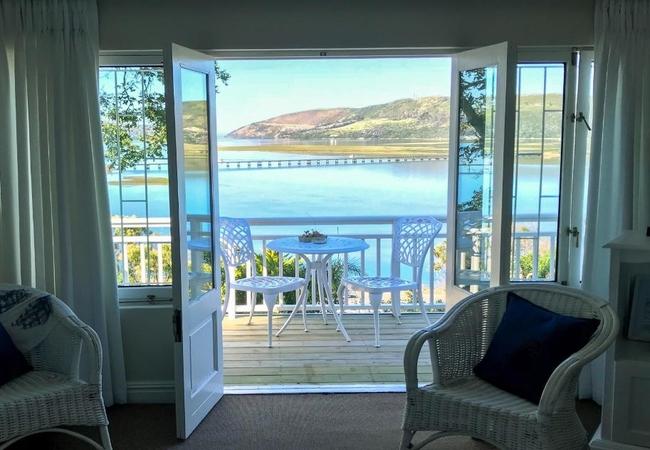 Luxe Lagoon Facing King or Twin Studio