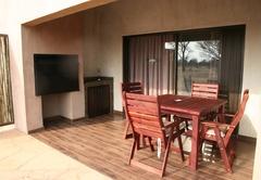 Buffalo Thorn Safari Lodge