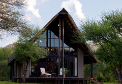 Buffalo Thorn Lodge