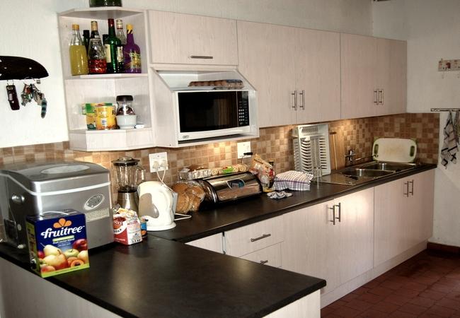Bush Lodge kitchen