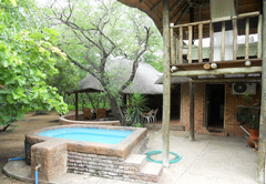 Bushbaby Lodge