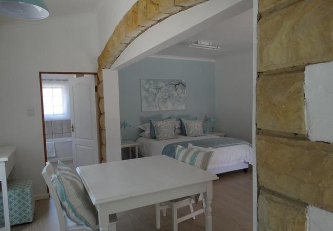 The Pebble Suite