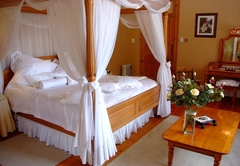 Manor House Bridal Suite