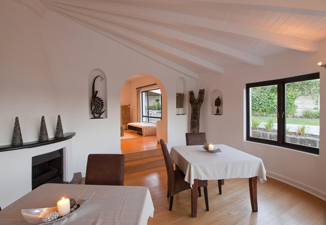 Cambalala Guest House