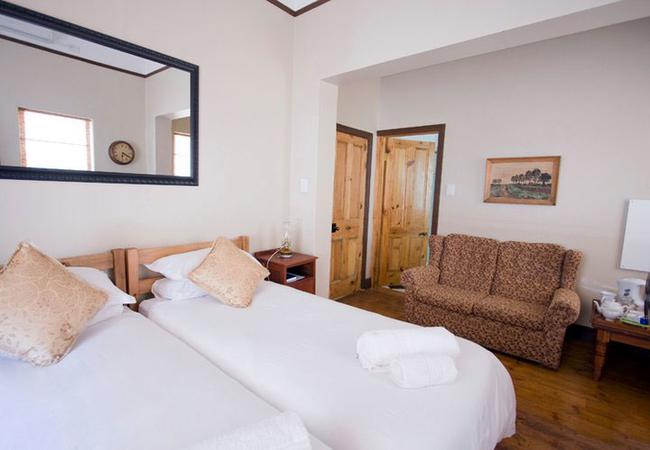 Two-Bedroom Cottage (sleeps 4)