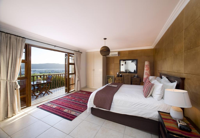 SAND Luxury Upstairs Room (Honeymoon)