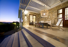 SUN Garden Pool Room with own terrace