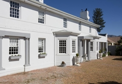 Capeblue Manor House