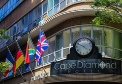 Cape Diamond Hotel