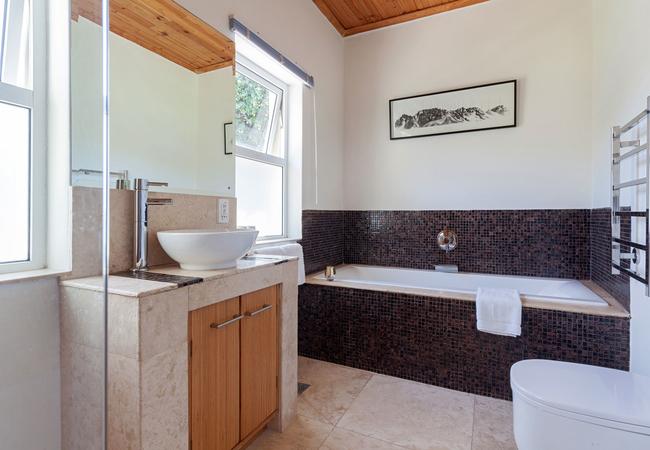 room5 bathroom