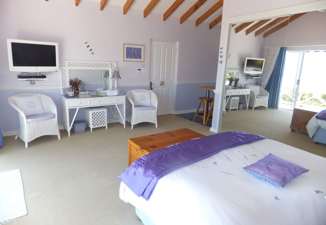 Deluxe Suite with Panoramic Sea Views