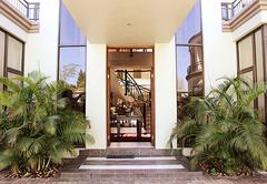 Casa Flora Guest House