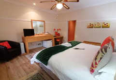 M Standard Room (Bath Only)