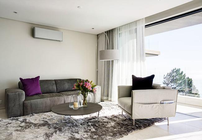 The Sun Lover\'s Apartment