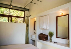 Honeymoon Luxury Suite