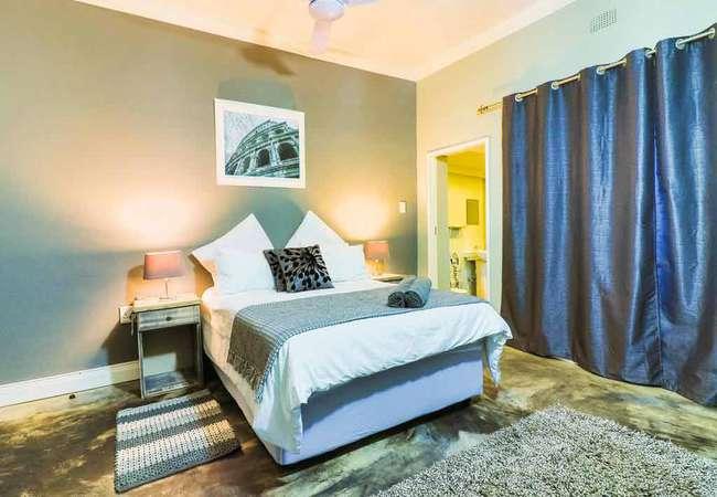 Deluxe Double Room 4